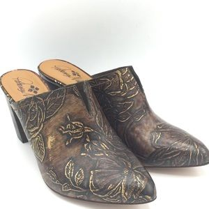 NEW Patricia Nash Brown Floral Leather Mules